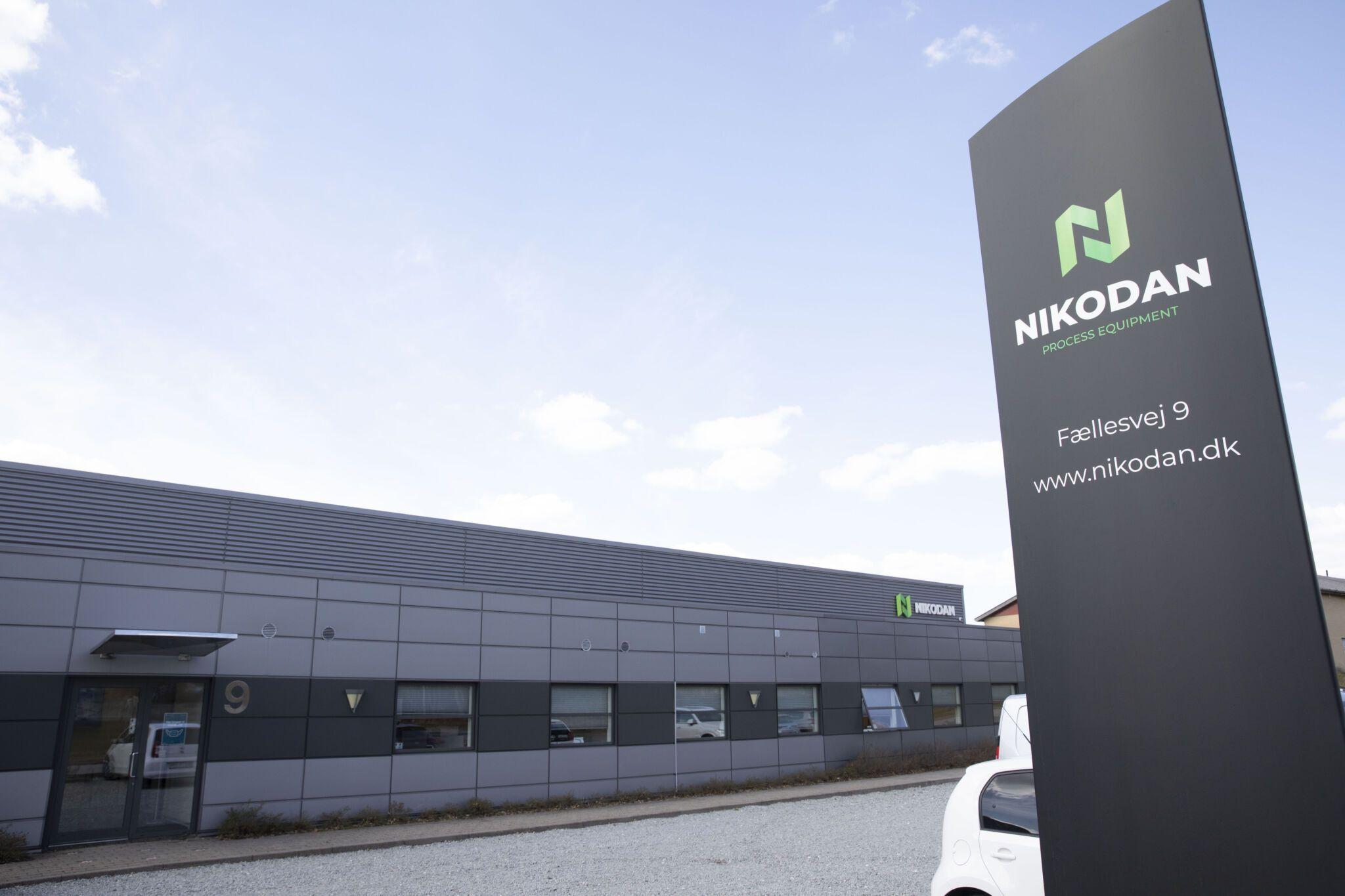 NIKODAN building and sign