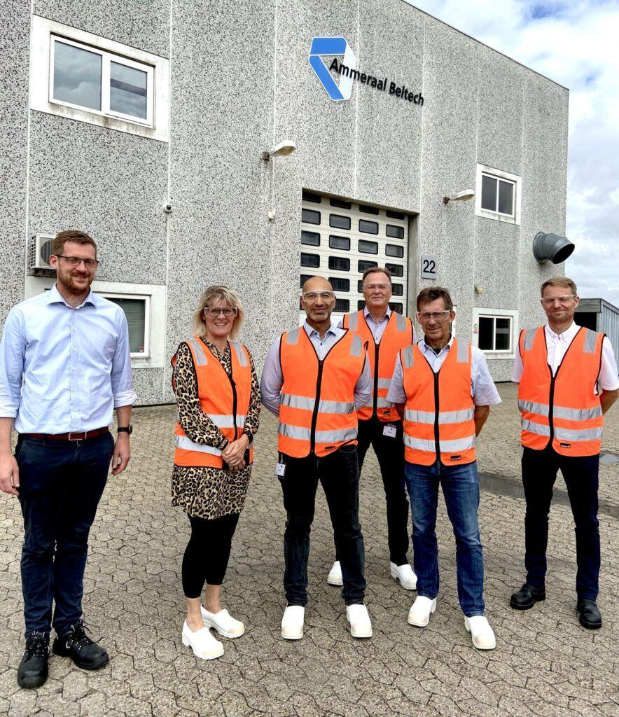 NIKODAN employees visiting Ammeral Beltech