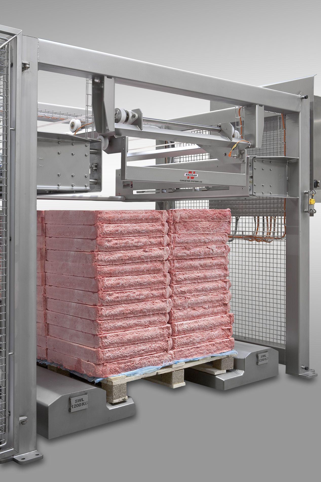 Depalletizer of frozen meat blocks